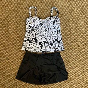 Jantzen Classics Swimsuit Size 8